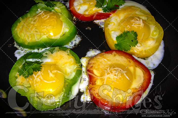 Bell Pepper Spicy Eggs