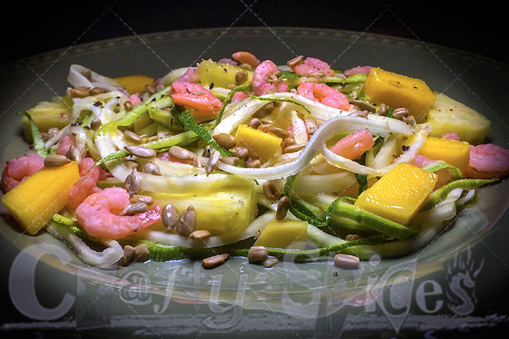 zucchini noodles with fruit and shrimps