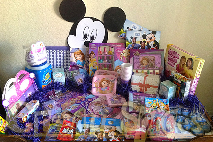 @Home Disney Side Celebration Kit