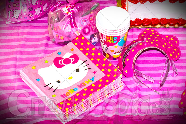 Hello Kitty Napkins, cups and more!