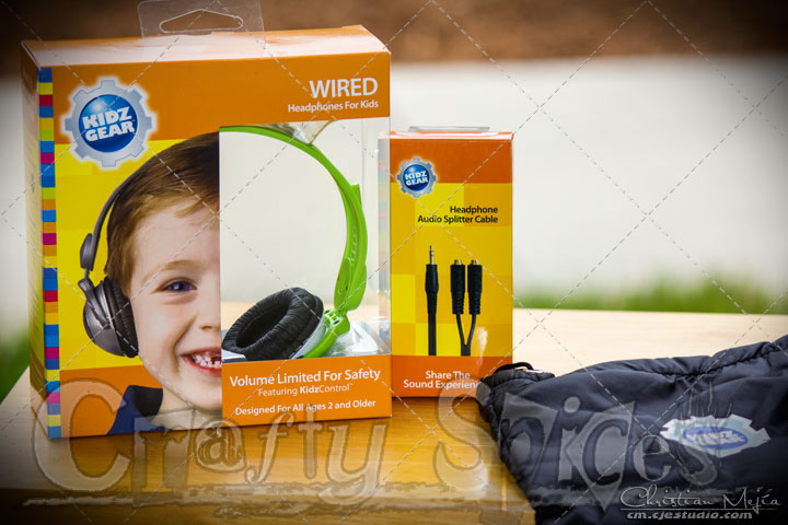 Kidz Gear Headphones, splitter cable and carry bag