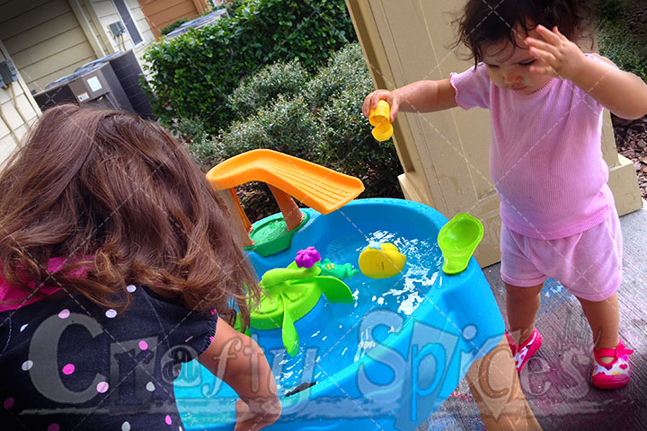 Step2 Duck Pond Water Table - Outside